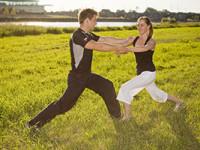 Zu einem akkuraten Training gehört auch Dehnung , Regeneration und Wohlbefinden